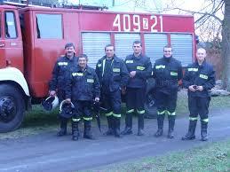 OSP Domacyno (odlewej: A. Horniatko, L. Walczak, K. Pilewski, A. Wandycz, G. Ręcławowicz, J. Pałka 2011r.)