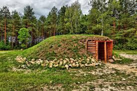 Grobowiec megalityczny porekonstrukcji