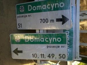 Montaż tablic wDomacynie, październik 2015r, fot.K. Znaczko.